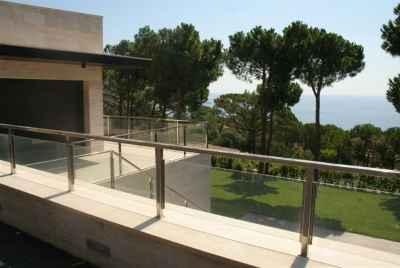 Современный новый дом напротив моря в самой престижной урбанизации Costa Brava, Punta Brava